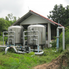 Purifying system for groundwater